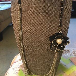 Vintage silver tone rose necklace
